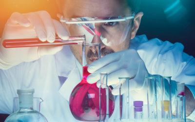 Química: saiba mais sobre o curso e mercado