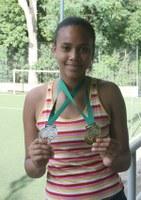 Aluna do Americano conquista duas medalhas no vôlei