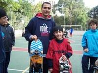 Alunos(as) do Americano recebem visita de campeão brasileiro de skate