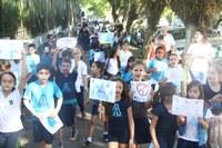 Estudantes do Americano comemoram o Dia Mundial da Água com passeata