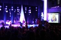 Estudantes do Tempo Integral se apresentam no palco do Auditório Elizabeth Lee