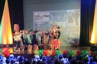 Musical Etnias 2014 é realizado no Colégio Americano
