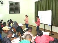 28 haitianos se formam no 1º ciclo de curso de português em SBO