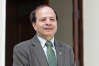 Almir de Souza Maia, ex-reitor da Unimep, recebe prêmio da Iamscu