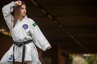 Aluna e karateca conquista quatro medalhas na Venezuela