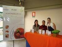 Alunas de nutrição apresentam projeto em evento da Petrobras