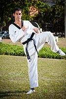 Aluno de sistemas de informação é bronze em competição de taekwondo
