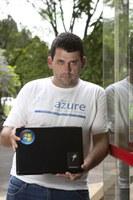 Aluno de sistemas de informação recebe prêmio da  Microsoft Brasil
