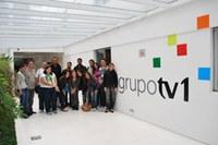 Alunos da Faculdade de Comunicação visitam o Grupo TV1