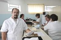 Alunos de farmácia participam de campanha preventiva contra o crack
