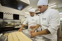 Alunos de gastronomia testam criatividade na 3ª edição Chefe Revelação