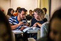 Atividades práticas, docentes e projetos diferenciam comércio exterior