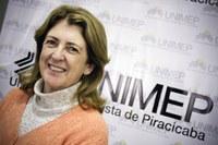 Coordenadora de enfermagem apresenta trabalhos na Espanha