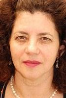 Coordenadora do curso de rádio e TV participa de colóquio em Portugal