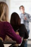 Desenvolvimento profissional é tema de aula inaugural