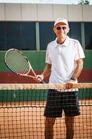 Docente recebe título de melhor tenista do ano