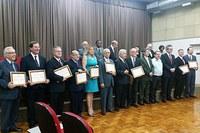 Docentes do curso de direito Taquaral são homenageados