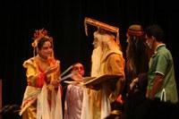 Emoção no espetáculo O Imperador Amarelo no Teatro Unimep