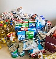 Estudantes do curso de adm. arrecadaram 750 quilos de alimentos