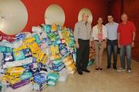 Gestores da Unimep repassam 400 fraldas geriátricas ao Fundo Social