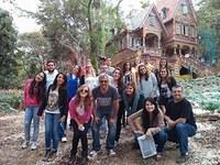 Grupo da Faculdade de Comunicação visita instalações da Rede Globo