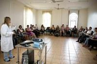 Nutricentro oferece cursos para cuidadores de idosos e crianças