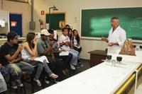 Parceria universidade-escola promove oficinas e mini-cursos