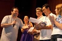 Participantes do 2º Decatlo Acadêmico lotam Teatro Unimep