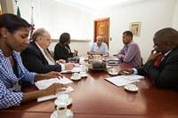 PPGE recebe moçambicanos do Ministério da Ciência e Tecnologia