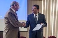 Prof. Almir Maia, ex-reitor, recebe homenagem póstuma