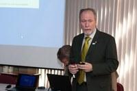Prof. Klaus Schützer compõe banca na Alemanha
