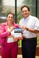 Professores do PPGA lançam edição de livro em inglês