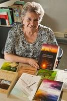 Programa de mestrado em direito recebe livros internacionais
