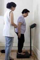 Projeto de exercícios e orientações nutricionais recebe voluntários
