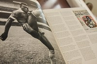 Trajetória e obra especial sobre Pelé são destaques no Centro Cultural