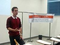 Universitário apresenta trabalhos em publicação e seminários